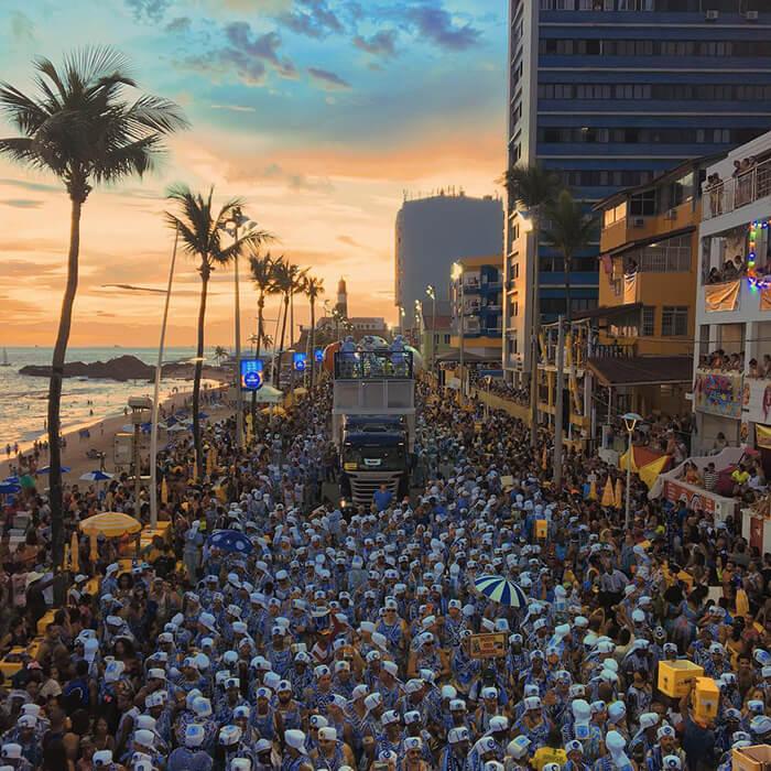 Carnaval de Salvador no por do sol
