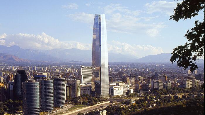 Sky Costanera, um dos maiores edifícios do mundo em Santiago